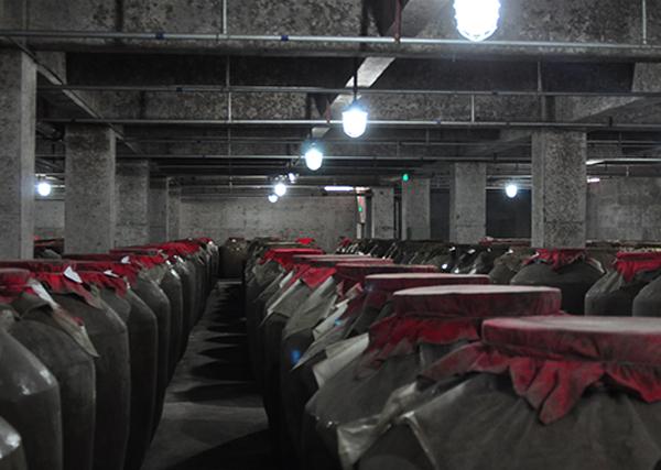 泸窖储酒车间